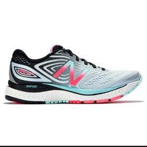 New Balance Blue Tennis Shoes/Sneakers 880v7 Sz 8